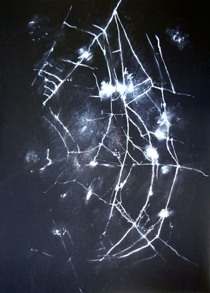 Uitspansel II, chalk on black paper, 56 x 76 cm